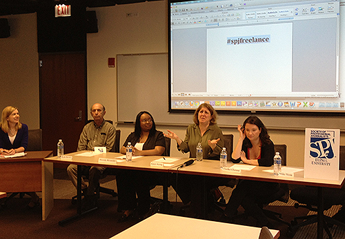 SPJ DePaul freelance panelists. (Photo/Brianna Kelly)