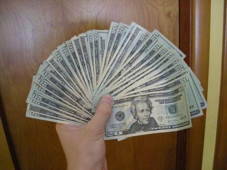 800px-Twenty_dollar_bills