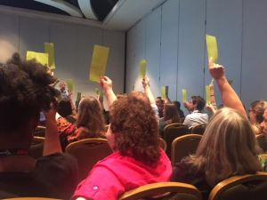 A counted vote was taken during a debate over whether SPJ should change its name. (Marc Filippino photo)